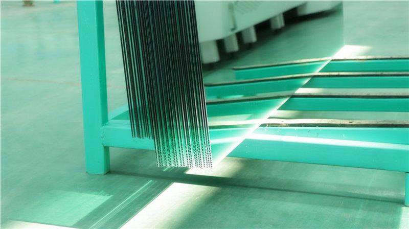 秦明玻璃生产过程